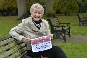 Sandy Boyce-Sharpe wants to start chat benches in and around Eastbourne (Photo by Jon Rigby) SUS-191118-135352008