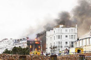 Claremont hotel fire. Photo by Eddie Mitchell.