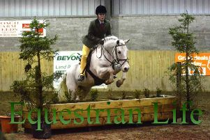 Popular showjumping league continues