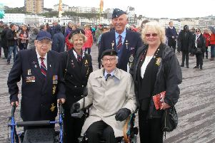 Veterans on Pier SUS-160106-112643001