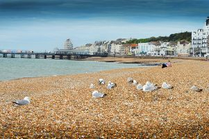 Hastings beach. SUS-170523-112542001