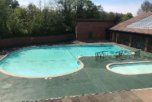 Outdoor pool at Abbey Fields in Kenilworth
