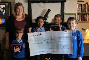 River Beach Primary School in York Road, was the joint recipient of a raffle held at the New Inn in Norfolk Road, Littlehampton. It used the money to buy virtual reality headsets.