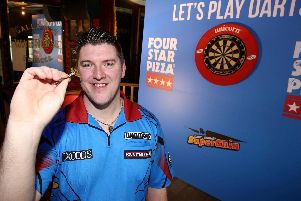 Daryl Gurney is delighted to have signed a one-year sponsorship deal with Four Star Pizza.