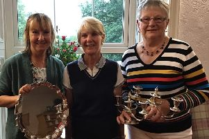 Louth GC's ladies' champion Pam Shepherd (right) with Heath Trophy winner Elaine Blyth (left) and lady captain Janet Ablott EMN-190407-141409002