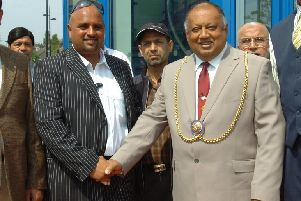 Mohammed Nadeem with Mayor of Luton cllr Norris Bullock in 2008