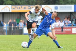 Harry Cornick has signed a contract extension with Luton