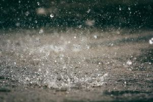 A Met Office yellow weather warning for rain is in place in Luton until 23.59pm on Monday (14 Oct).