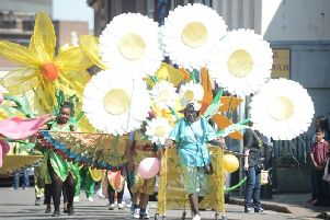 Parade at Luton Carnival      [archive]