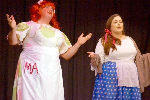Songs and laughter abound in the Lindsey Players' production of Beauty and the Beast EMN-181228-121716001
