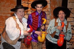 Zorro! the pantomime at Horncastle's Lion Theatre EMN-190121-132826001