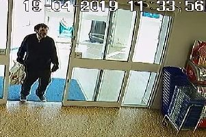 Do you recognise this man? EMN-190430-123634001