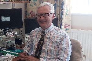 Dr Peter Howie.
