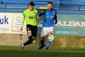 Warrenpioint Town will play Glenavon at Mourneview Park in the Mid Ulster Cup final