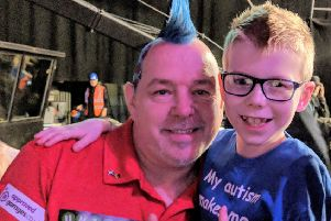 Ollie the Arrow Armstrong with his hero Peter Wright
