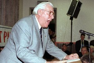 Ian Paisley proposed a 'ring of steel' around west Belfast in 1992