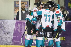 Belfast Giants storm back to win in Manchester