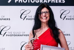 Deanne with her award.