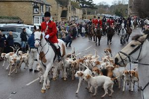 New Year's Day Fitzwilliam Hunt at Wansford EMN-150101-162851009