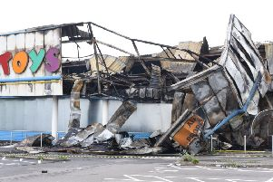 Fire at Toys R Us, Bourges Boulevard EMN-190423-083129009