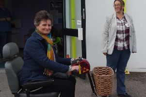 Politician tries getting around city in a buggy