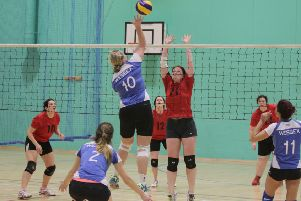 Wessex Ladies (blue) take on South Hants Ladies (red) in the Hampshire Grand Prix