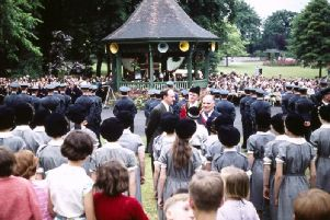 Caldecott Park was packed for the ceremony marking the twinning of Rugby and Evreux in 1959