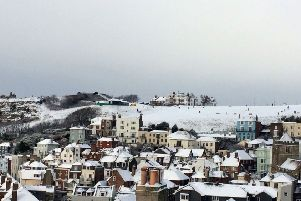 Snow pics in Hastings Old Town 27/2/18 by Andy Hemsley SUS-180227-104102001
