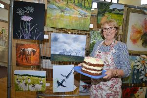 St Michael's Hospice's Easter Art Show at Sedlescombe Village Hall.''Carole Fuller SUS-190420-104417001