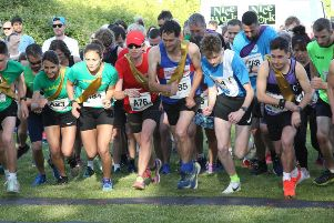 The start of the adult race at Rye Harbour Ekiden Relay Race 2019. Photos by Martin and Kt Bruce. SUS-190406-095046001