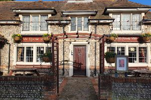 Ye Olde House at Home, Broadwater
