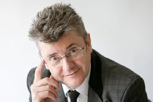 Comedian Joe Pasquale is bringing his devilishly funny show to Skegness. EMN-171008-162309001