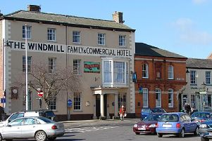 East Lindsey District Council: Windmill Pub, Alford, licence review