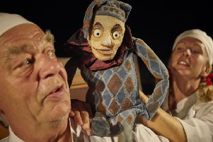 Passepartout Theatre Productions present an adaptation of King Lear ' using puppets  ' for all ages to enjoy.