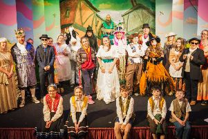 The cast of Sleaford Little Theatre present Jack and the Beanstalk at Sleaford Playhouse. EMN-181127-151138001