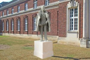 Plan for founder of RAF College Cranwell statue approved