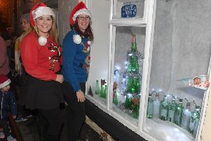 Launch of Leasingham villagers' advent windows and Chirstmas lights switch-on. Organisers L-R Cassy Kutzner and Katie Mason - pub manager. EMN-190212-173651001