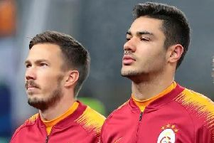 Manchester United are keen on signing Galatasaray defender Ozan Kabak. The 18-year-old has shot to prominence with the Turkish giants and is available for 6.7m. (Daily Mail)