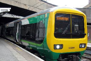 London Midland train ENGNNL00120130304155417