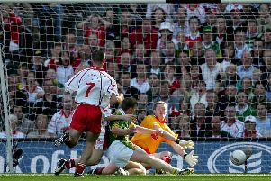 All Ireland Senior Football Final Kerry vs Tyrone 25/9/2005'Kerry's Dara O'Cinneide scores the first goal 'Mandatory Credit �INPHO/Morgan Treacy
