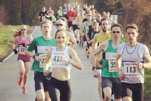 Runners head off at the start of the Ilmington 10k. Picture: Barry Cornelius (www.oxonraces.com)