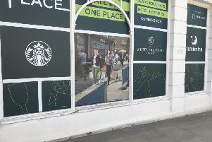 Other logos for confirmed new traders have also appeared on the signage SUS-180820-182047001