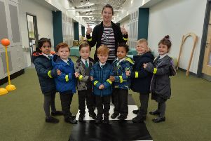 Pupils from Kilnwood Vale Primary School in Faygate have been given high visibility snap bands to encourage them to walk to school SUS-191022-155856001
