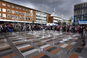 Queens Square reopening in Crawley (Photo by Jon Rigby) SUS-170910-173150001