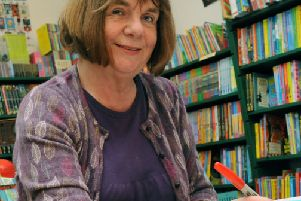 S41553H12 SH CHILDRENS LAUREATE PIC S.G.  05.09.2012''Childrens Laureate Julia Donaldson at Steyning Book Shop on Friday afternoon SUS-160324-160840003