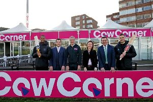 Sussex batsmen Delray Rawlins (far left) and Phil Salt (far right), join (l-r) Chris Coleman (Sussex Cricket head of community cricket), Matthew Rourke (Cow Corner founder and chairman), Nicola Craddock (Cow Corner investment director) and Rob Andrew (Sussex Cricket chief executive) at Cow Corner / Photo: Sussex Cricket