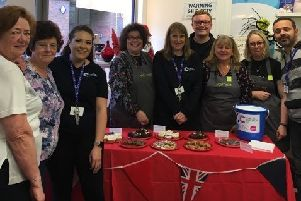 Waitrose and Partners and Cancer Research UK volunteers SUS-191006-120004001