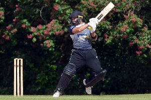 Horsham vs Roffey (batting)'Jibran Khan SUS-190206-234607008