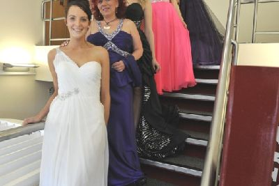 Volunteer models strut their stuff for good cause - Berkhamsted Today