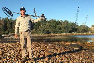 Treasure hunter Gary Drayton finds gold on the mysterious